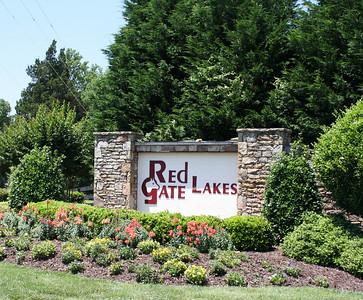 Red Gate Lakes Gates Estate Neighborhood (5)