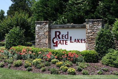 Red Gate Lakes Gates Estate Neighborhood (6)