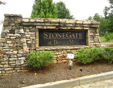 StoneGate At BridgeMill (13)