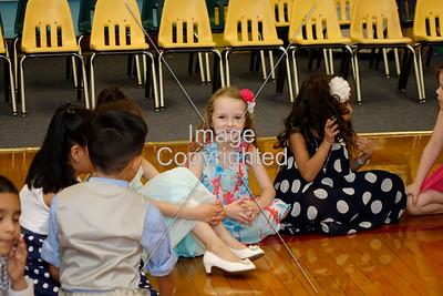 2016 Kindergarten Celebration_13