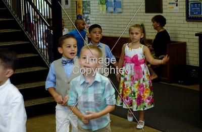 2016 Kindergarten Celebration_08