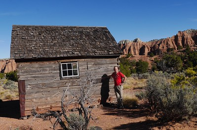 Cathedral Valley drive  -   Morrel Line Cabin.