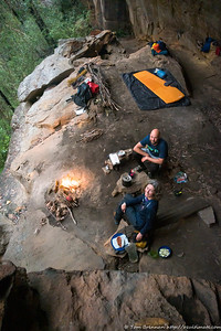 Camp cave camping