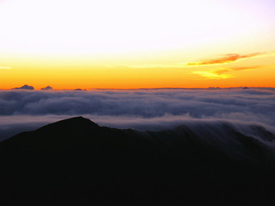 070210: View from the summit at approx 5:15am.