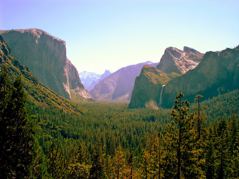Photo taken from the Wawona Tunnel on 6/27/05: Yosemite Valley. Additional pictures from this trip can be found under Family and Events: 20'th Anniversary.