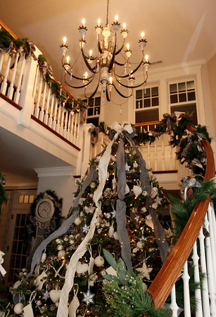 Home of Lisa Duffy of Beverly Farms at Christmas time. Photo by Allegra Boverman.