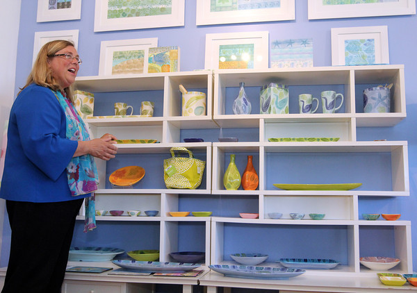 ALLEGRA BOVERMAN/Staff photo. Cape Ann Magazine. Gloucester: Gloucester Mayor Carolyn Kirk in Rocky Neck, paying a visit to the Sigrid Olsen Art Gallery.