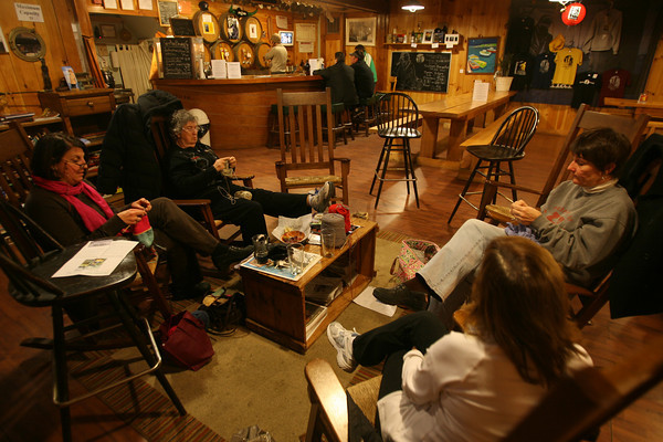 knitting at the Cape Ann Brewery. Photo by Kate Glass