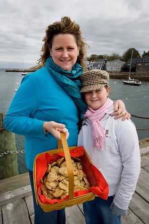 Laurie Lufkin and her daughter, Lily, with Lily's Harvest Cookie Bites.