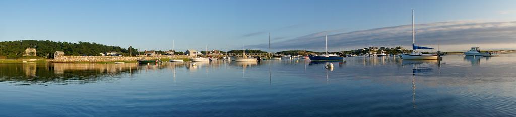 Harbor panorama 2