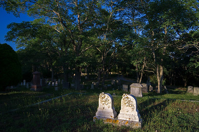 Fred and Carrie adjacent graves