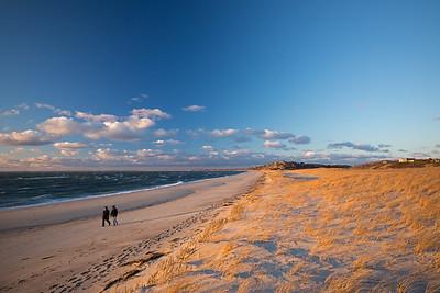 cold winter walk Corn Hill Beach