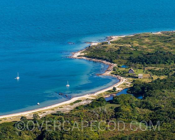 Tarpaulin Cove, Gosnold (Crop)