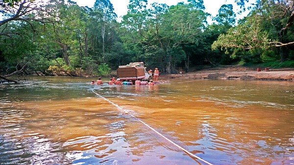 The crew take Scottys Toyota 4x4 over the Wenlock River, Weigh over five ton