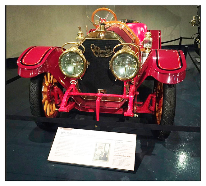 1912 Oldsmobile Autocrat Roadster - red