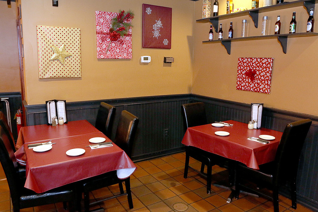 . A view of the dinning area at Capellini\'s Restaurant\'s in Tewksbury on Wednesday afternoon. SUN/JOHN LOVE