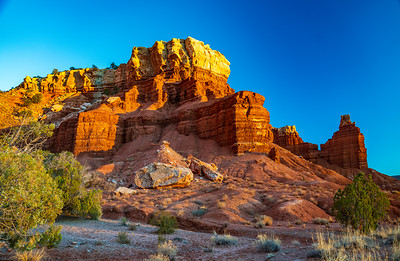 Sun Sets on the Cliffs of Capital Reef