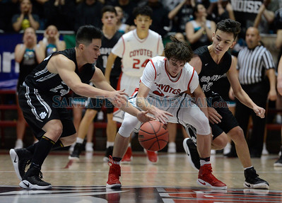 Class 5A boys New Mexico State High School Championship basketball game between Capital and Roswell played Saturday, March 11, 2017 at The Pit, Albuquerque. Clyde Mueller/The New Mexican