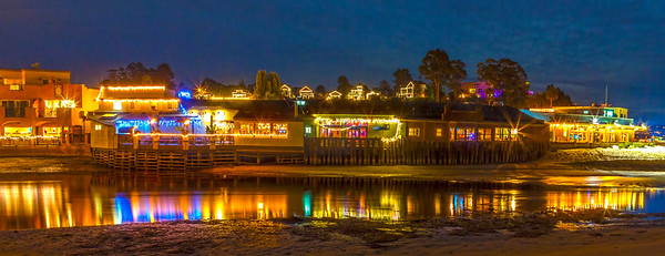 Capitola restaurants at Christmas time