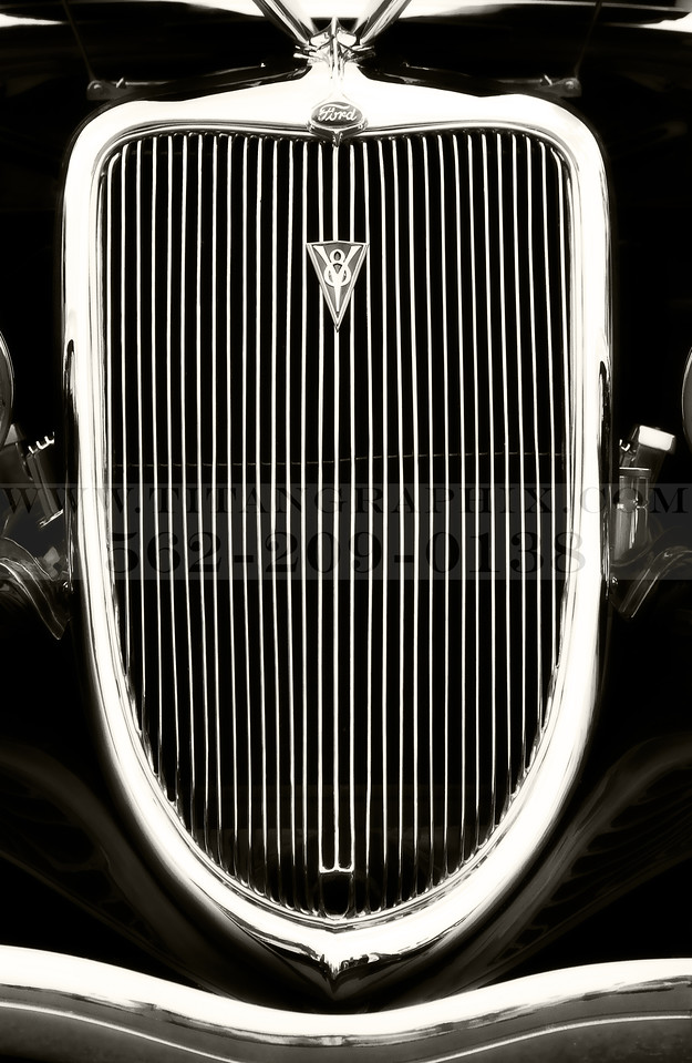 Ford 1930's GRill Black and White