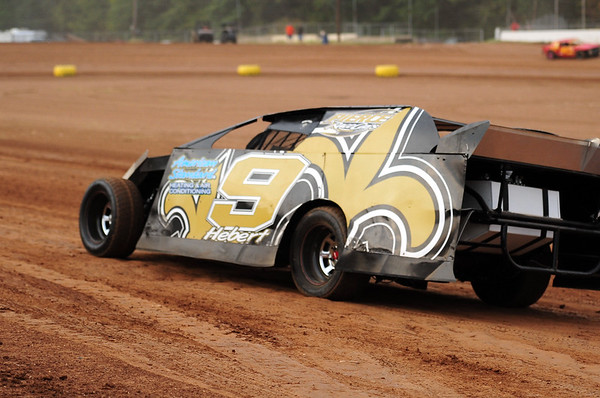 "BOOTHILL SPEEDWAY ""PACKING THE TRACK AND FACES IN THE CROWD"" 8-20-11"