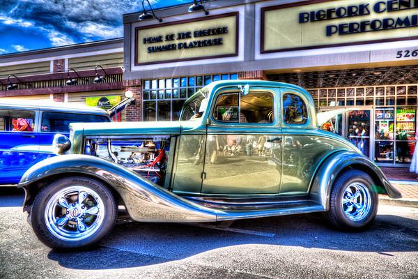 1933 Chevy 5 Window Coupe - Rick & Wanda Albiston