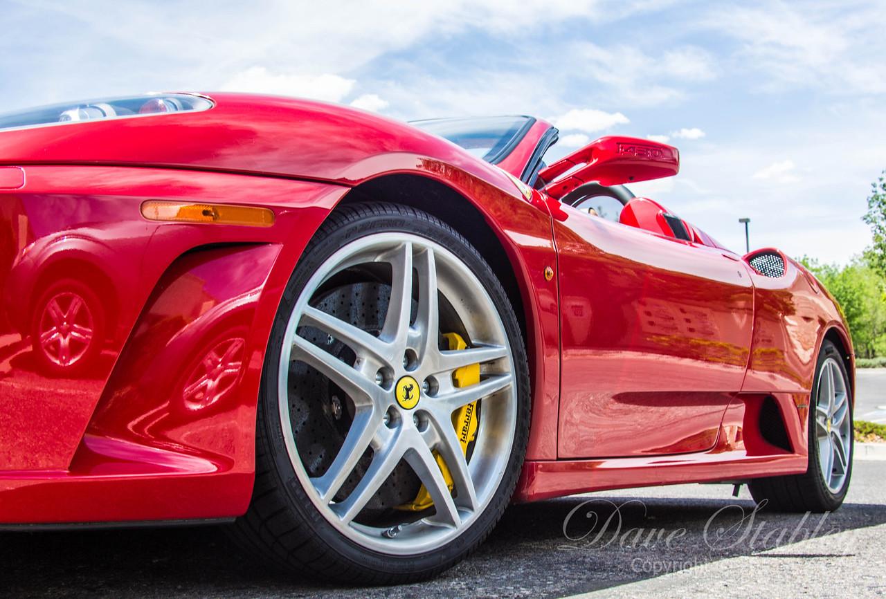 Ferrari-9800