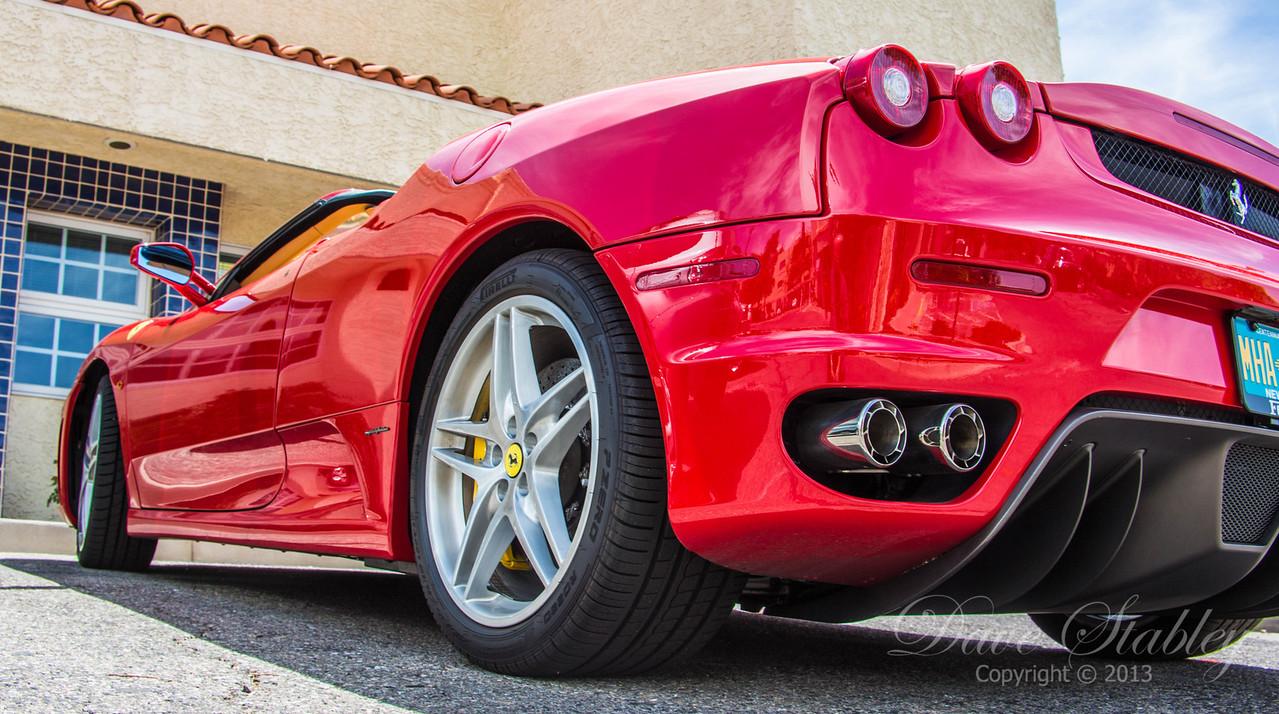 Ferrari-9812