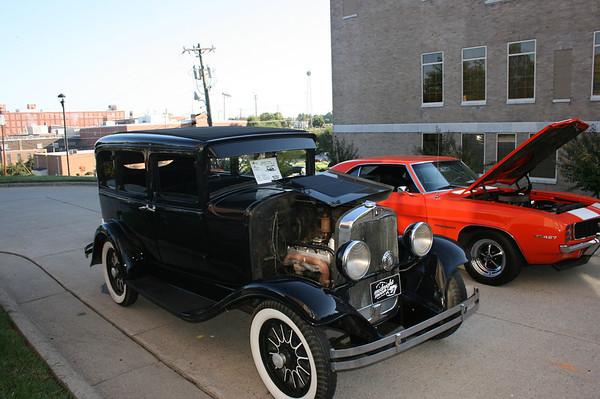 14th Annual Downtown Reidsville Car Show - Reidsville, NC - 10/08/2011