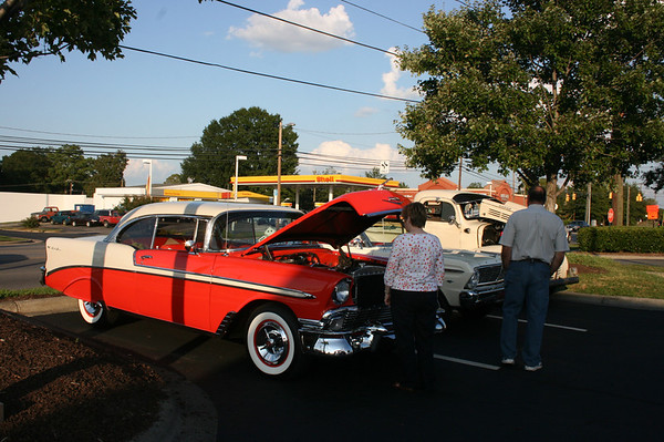 Timeless Cruizers/Chick-fil-A Monthly Cruise-In - Durham, NC - 09/10/2011