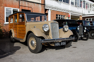 Austin Six Woodie