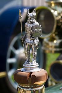 Rover Standing Viking Car Mascot