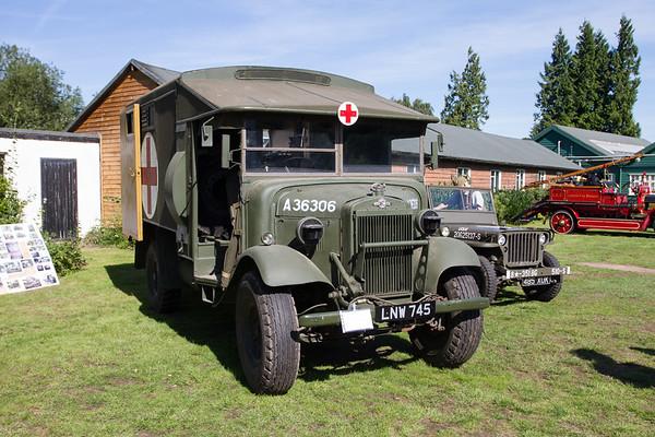 1938 - Morris Commercial CS11 F30 Ambulance