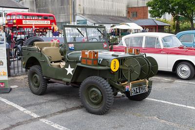 US Willys Airborne Signals Jeep