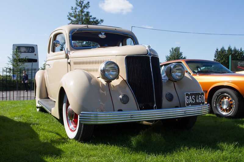 1936 Ford Deluxe 5-Window Coupe