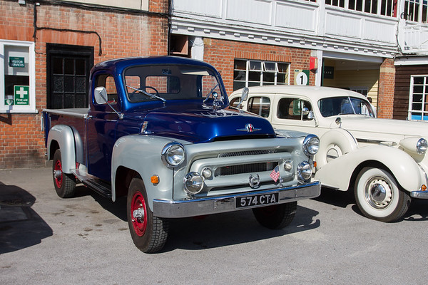International Harvester S-Series Pick-up Truck