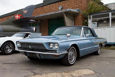 1964 - Ford Thunderbird Landau