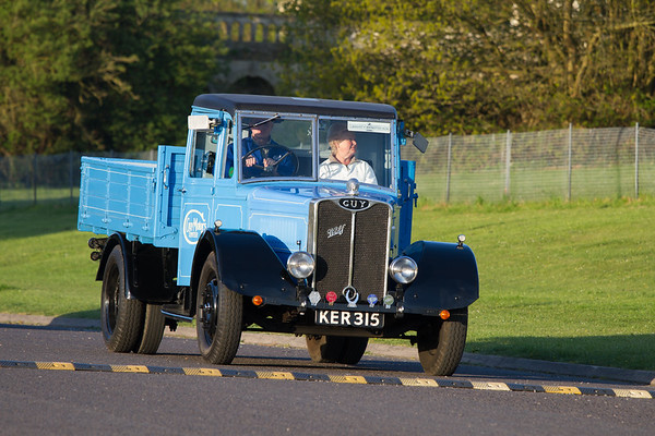 1939 - Guy Wolf Dropside Lorry