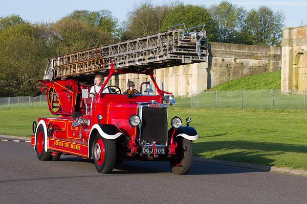 1937 - Leyland Turntable Ladder Pump