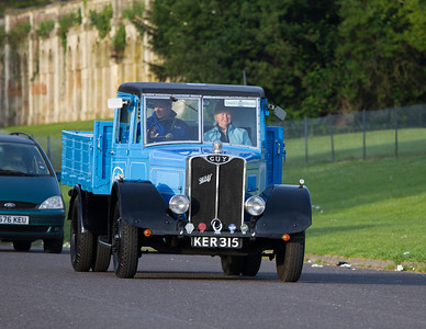 1939 - Guy Wolf Dropside Lorry