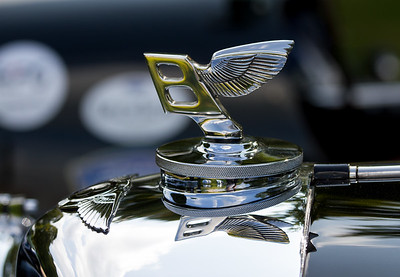 Bentley Flying B car mascot