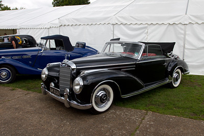 Mercedes-Benz 300S (W188) Roadster