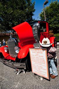 Fred & Linda Mauldin's 1928 Ford Model A Truck