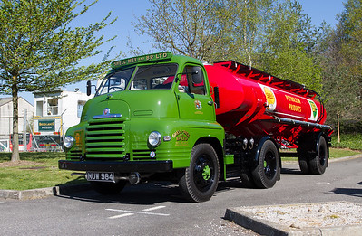 1954 - Bedford S Type Tractor Unit and Shell-Mex and BP Tanker Trailer