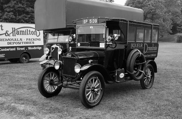 1920 Ford Model T Hotel Transport