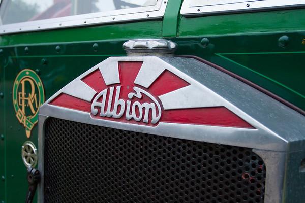 1936 - Albion SP550