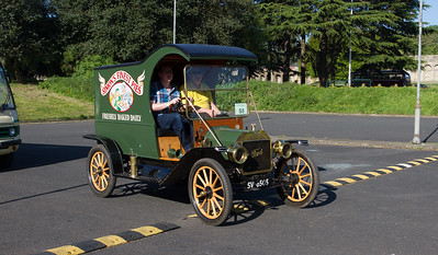 1912 - Ford Model T Pie Van