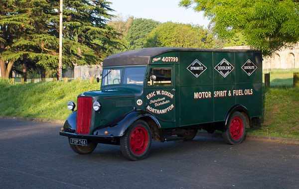 1945 - Morris C Type 30cwt Van