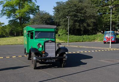 1934 - Morris Commercial C Type Van