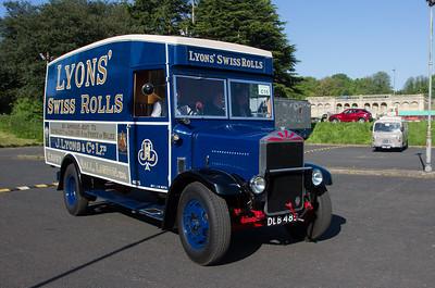 1935 - Albion SPL126 Van